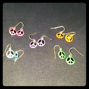 Set of 5 pairs neon peace sign earrings
